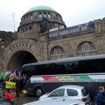 Busstopp in Hamburg: Freiheit für Öcalan – Frieden in Kurdistan